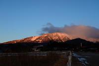朝陽の山々 - オーナーズブログ・八ケ岳南麓は晴れています!