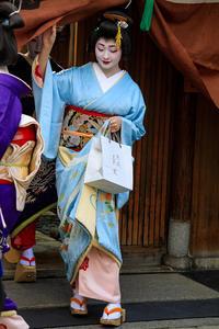 初寄り(祇園甲部) - 花景色-K.W.C. PhotoBlog