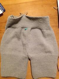 毛糸のパンツ編みました - にっと&かふぇ