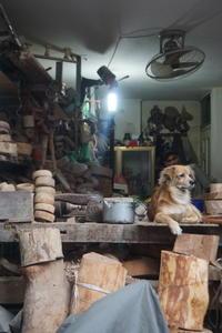 cửa hàng đồ gỗ - 日々是好写