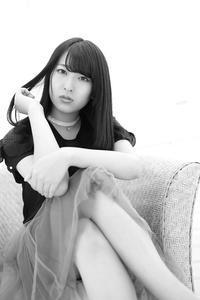 鈴木琴音ちゃん30 - モノクロポートレート写真館