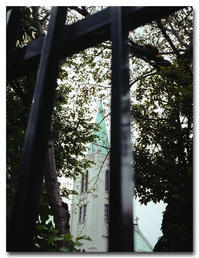 #2099 とんがり屋根の教会 - at the port