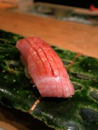 お鮨屋さんカウンタービギナーでも大丈夫でした。:「銀座 凛」 - あれも食べたい、これも食べたい!EX