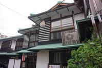 三朝温泉 木屋旅館 - レトロな建物を訪ねて