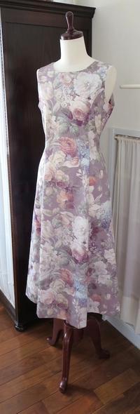 新作ワンピース『フローラ』 - いつかリリアン・ギッシュのように…手作りお洋服のあとりえ便り
