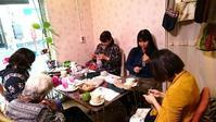 日曜日の編み物カフェ♪次回3月5日です@蓮沼パティオさん - 空色テーブル  編み物レッスン&編み物カフェ