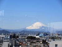 【茅ヶ崎ラスカの屋上から見えた富士山】 - お散歩アルバム・・春の足音