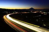 29年2月の富士(2)ハイウェイの富士 - 富士への散歩道 ~撮影記~