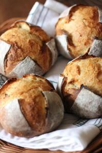 シンプルなパン - オーブン手帖
