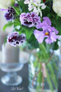 フリフリ大好き - Le vase*  diary 横浜元町の花教室