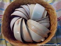自宅使い 食器収納用籠形になる - ロシアから白樺細工