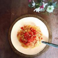 基本のトマトソース で カニトマトソースパスタ - Coucou a table!      クク アターブル!