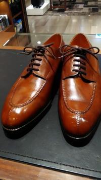 Uチップ頂上決戦「JohnLobb CHAMBORD」 VS 「EdwardGreen DOVER」 - 銀座三越5F シューケア&リペア工房<紳士靴・婦人靴・バッグ・鞄の修理&ケア>