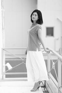 椎名紗彩ちゃん27 - モノクロポートレート写真館