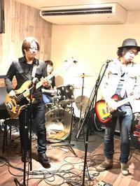 セッションホスト by ユミ - 日常系ゆるパンクバンド「東のエデン」のブログのようなもの