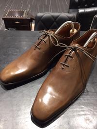 新品、だからこそのメンテナンス - 玉川タカシマヤシューケア工房 本館4階紳士靴売場