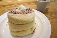 メレンゲ『ホイップバターパンケーキ』 - もはもはメモ2