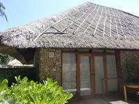 2016年GW バリ島⑤ オベロイ フロント、プール、庭と猫 - にゃご