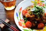 鶏のから揚げ 黒酢ソース - Food canal 路地裏食堂