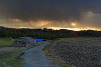 迫りくる雪雲 - katsuのヘタッピ風景