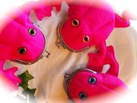 赤紫色のカエル - 布と木と革FHMO-DESIGNS(えふえっちえむおーでざいんず)Favorite Hand Made Original Designs