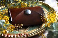セミオーダー・革の宝石ルガトー・2つ折りコインキャッチャー財布・時を刻む革小物 - 時を刻む革小物 Many CHOICE~ 使い手と共に生きるタンニン鞣しの革