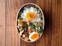 2/16(木)鶏と野菜の塩炒め弁当 - おひとりさまの食卓plus