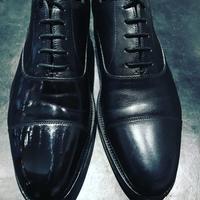ピカピカな鏡面仕上げ、だけれども。。。 - 銀座三越5F シューケア&リペア工房<紳士靴・婦人靴・バッグ・鞄の修理&ケア>