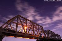 思い出の橋 - PTT+.