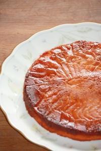 りんごの国のタルト「タルトタタン風アーモンドバターケーキ」 - SWEETSライフ…青い森の国から