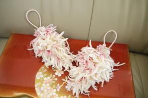 和風の菊のタッセル・・・・オートクチュールフルール - 盛岡市フラワースクール&ショップ♡ブーケの北の花籠