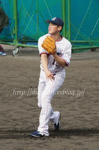 2017荒木貴裕選手「#10」キャンプフォト(動画リンク7) - Out of focus ~Baseballフォトブログ~