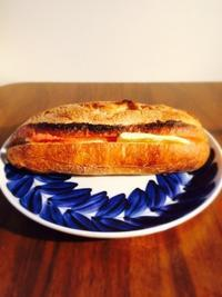 バター好きにオススメの明太フランスパン - うつわ愛好家 ふみの のブログ