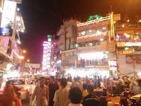 デリー商人 vs バラナシ商人 値引き合戦 - インド現地採用 生活費記録