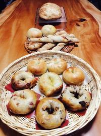 パンのお届け - 福岡で自家製酵母のパン教室をはじめました/ Danchi ダンチ