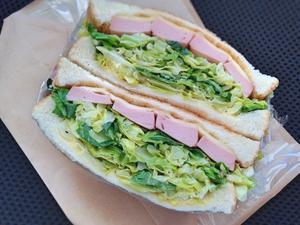 2/23 炒めキャベツサンドイッチ - ひとりぼっちランチ