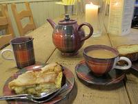 イギリスで初めて飲んだ紅茶 カントリーサイドのアフタヌーンティー - ブルーベルの森-ブログ-英国カントリーサイドのライフスタイルをつたえる
