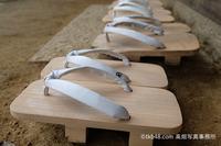 園長先生の下駄。東大寺二月堂修二会, A Director teacher's shoes of the kindergarten - 奈良と  大和写真家™「影向」 Nara and Japanism by高畑写真事務所