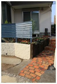 小さい庭でもここまで素敵で可愛くなりました。 筑紫野市にお住いのTさま宅のご紹介です。 - natu     * 素敵なナチュラルガーデンから~*     福岡県で庭の施工、外構造りをしてます