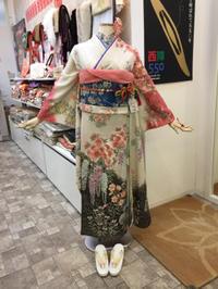 裄丈69cmなのにプチプラスな振袖♫ - Tokyo135° sannomiya