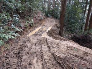下りれません。 - 自力施業型小規模森林所有者 奥山林業