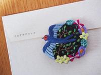 刺繍ブローチ*春の燕/ブローチ展のお知らせ - マルチナチャッコ