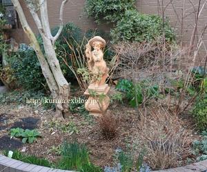 復活を願って! あじさいのいる北側ウエマス - miyorinの秘密のお庭