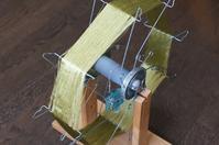 絹糸の巻き取り - よしのクラフトルーム