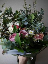お礼の花束。平岡公園東11にお届け。 - 札幌 花屋 meLL flowers