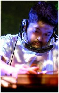 REST IN BEAT NUJABES - 裏LUZ