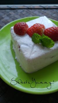 いちごのパンナコッタ - 料理研究家ブログ行長万里  日本全国 美味しい話