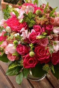 花束の紹介 - flower shop HANAIRO