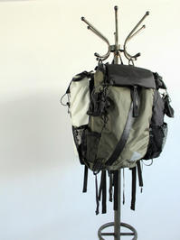 and wander 30L Back Pack - 『Bumpkins putting on airs』