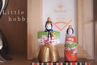 お雛様 ディスプレー 2017 菱形のワインラベルとともに - Little hobby